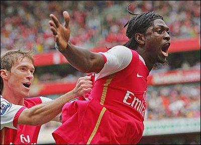Adebayor - Arsenal Barcelone