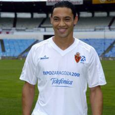 Oliveira reste en Espagne