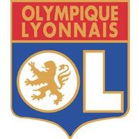 Lyon cherche un défenseur.