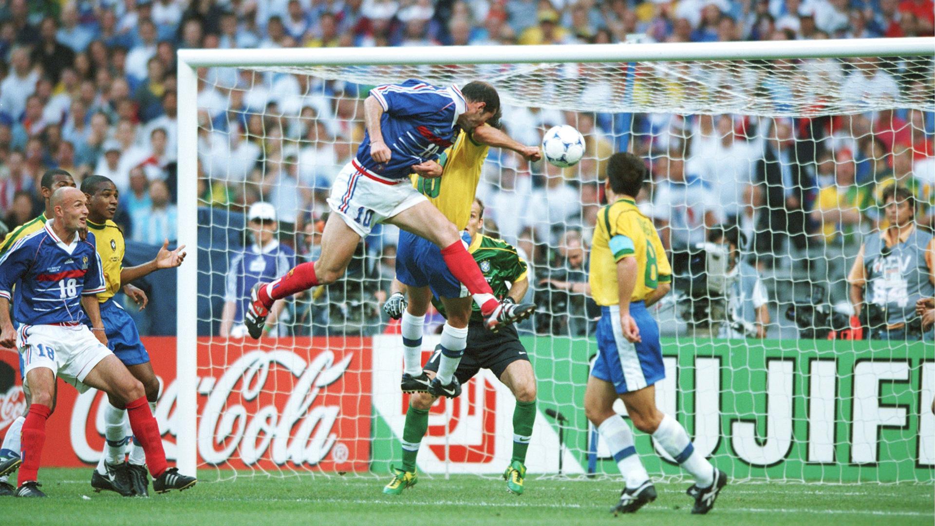 Zidane son coup de tête lors de France Brésil 1998