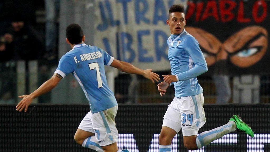 Officiel : Perea quitte la Lazio Rome