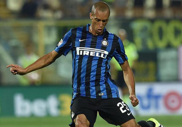 L'Inter discute avec l'ASM pour Miranda ! Rolando proposé ?
