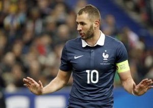 8 raisons de vouloir le retour de karim benzema en quipe de france transfert foot mercato. Black Bedroom Furniture Sets. Home Design Ideas