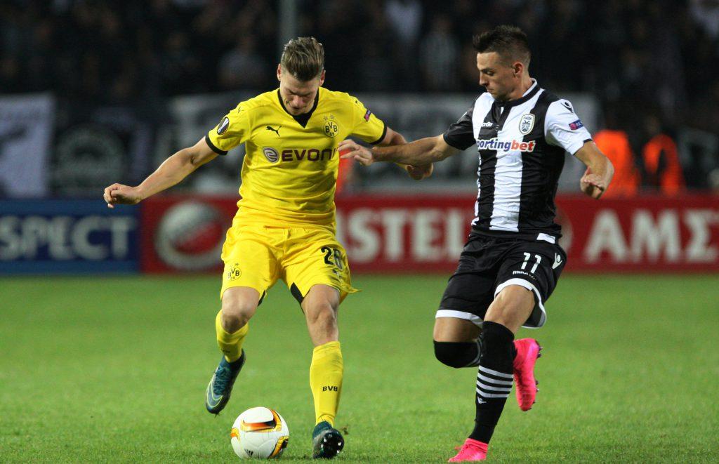 Le PSG se penche sur défenseur Polonais