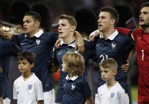 Angleterre-France-la-Marseillaise-reprise-par-tout-Wembley