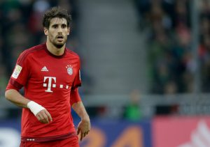 Javi Martinez of Bayern Munchen during the Bundesliga match between Borussia Mönchengladbach and Bayern München on December 5, 2015 at the Borussia-Park in Mönchengladbach, Germany.(Photo by VI Images via Getty Images)
