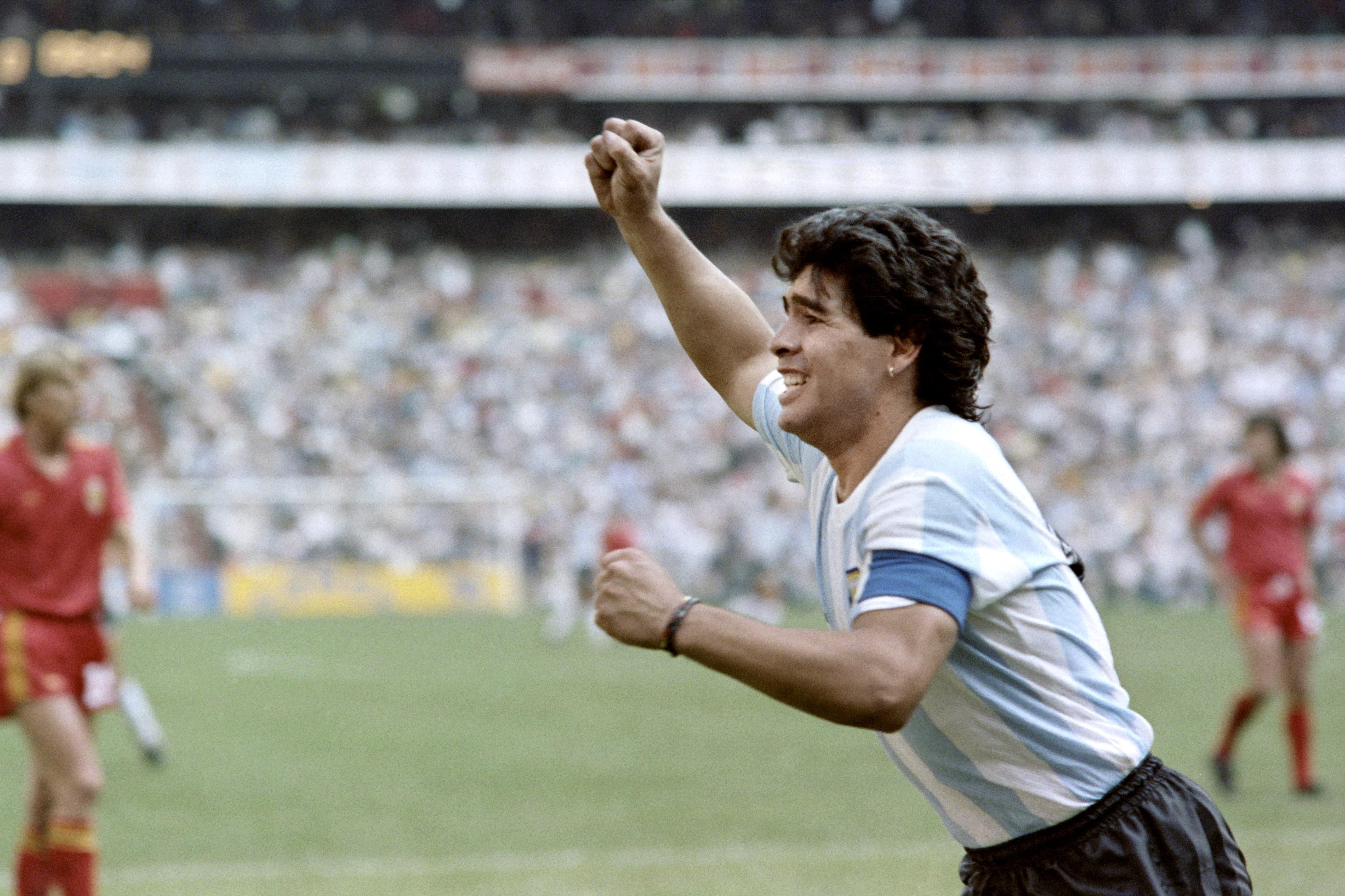Messi vs maradona qui est le meilleur joueur de l 39 histoire de l 39 argentine transfert foot - Meilleur buteur coupe du monde 1994 ...
