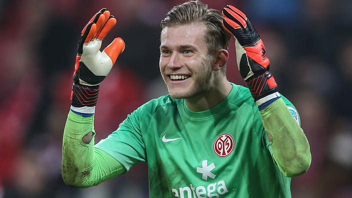 MAINZ, GERMANY - NOVEMBER 01:  Goalkeeper Loris Karius of Mainz reacts during the Bundesliga match between 1. FSV Mainz 05 and SV Werder Bremen at Coface Arena on November 1, 2014 in Mainz, Germany.  (Photo by Simon Hofmann/Bongarts/Getty Images)