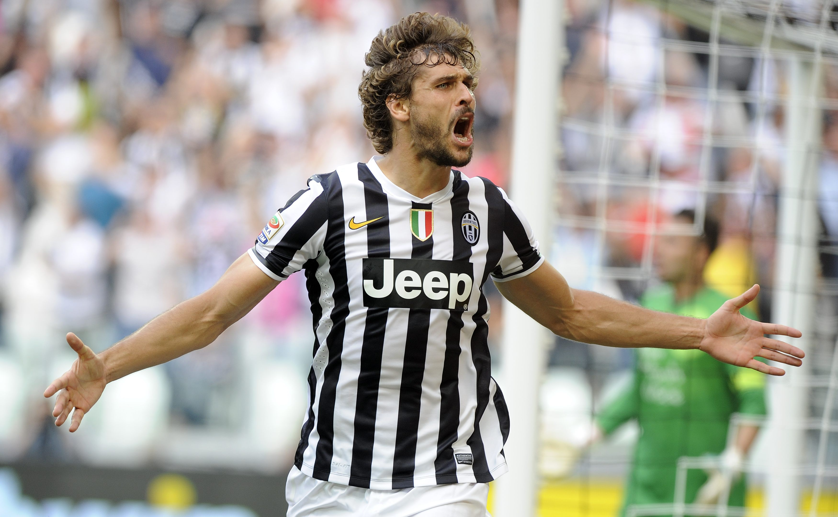 Juventus' Fernando Llorente celebrates after scoring against Hellas Verona during their Serie A soccer match at Juventus stadium in Turin September 22, 2013. REUTERS/Giorgio Perottino (ITALY - Tags: SPORT SOCCER) Picture Supplied by Action Images