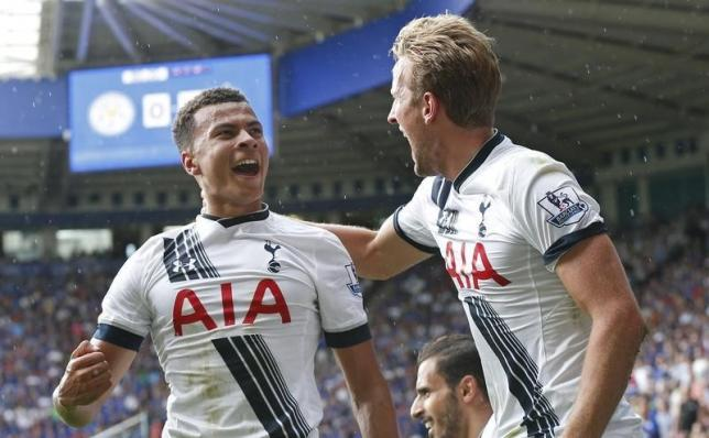 Football - Leicester City v Tottenham Hotspur - Barclays Premier League - King Power Stadium - 22/8/15 Dele Alli celebrates with Harry Kane after scoring the first goal for Tottenham Reuters / Suzanne Plunkett Livepic