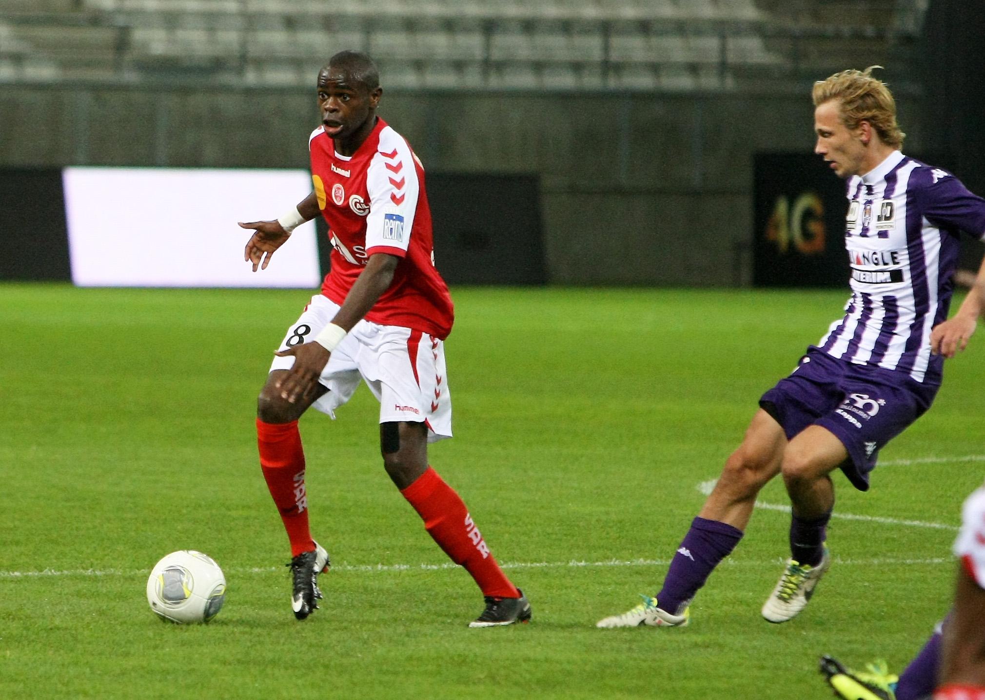 FOOT/CHAMPIONNAT DE LIGUE 1/ 10 EME JOURNEE STADE DE REIMS  /  TOULOUSE FC ONIANGUE