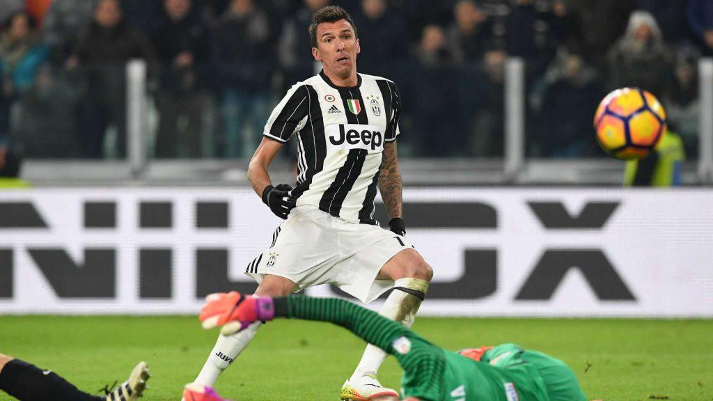 Juventus : Mandzukic va prolonger