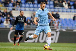 Lazio : De Vrij finalement en Premier League ?