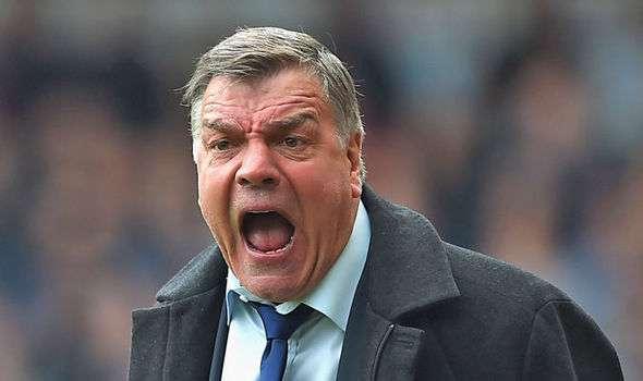 Everton prévoirait de changer d'entraineur !