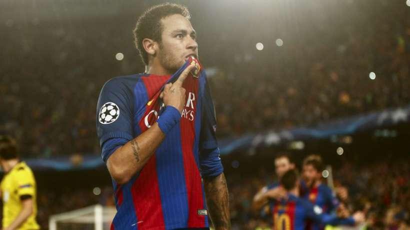 Neymar plaît toujours aux dirigeants du Barça
