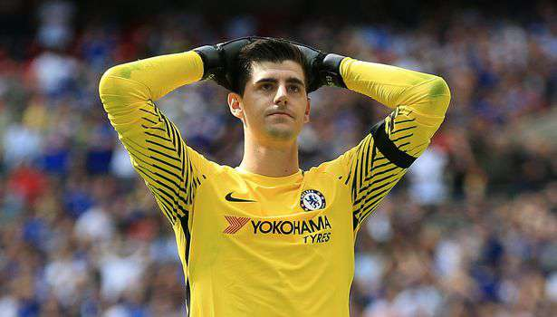 Areola ou Courtois pour remplacer Alisson ?