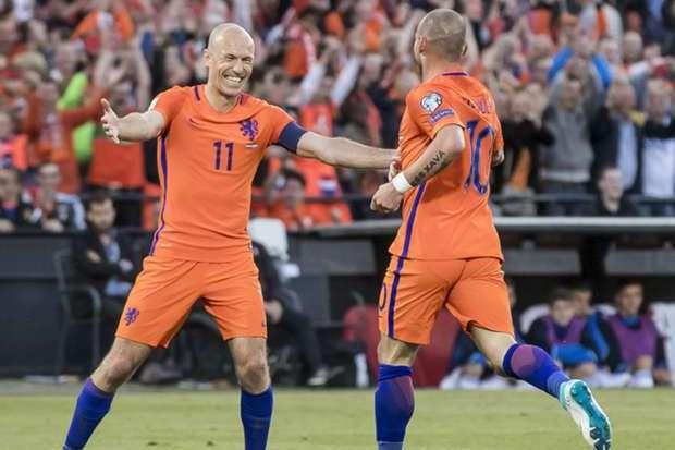 Le Bayern vise un gardien croate, Robben a une piste