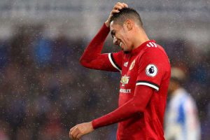 Manchester United : Smalling vers les Toffees ?