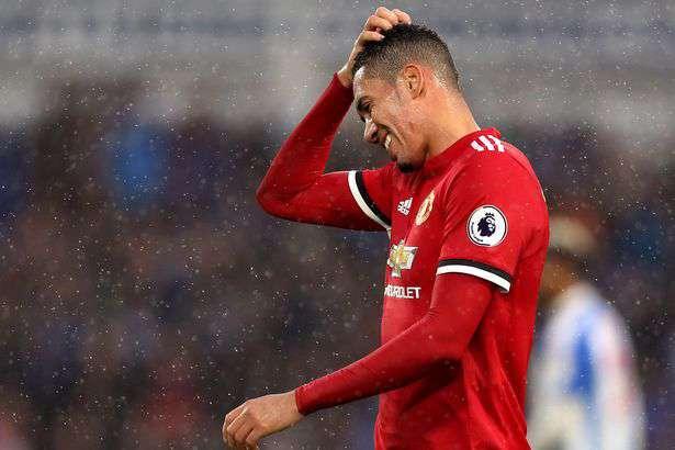 Man United va officialiser deux départs