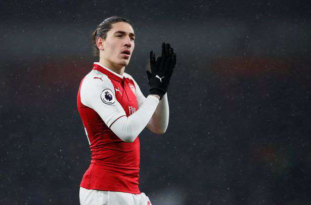 Arsenal : Emery bloque Bellerin