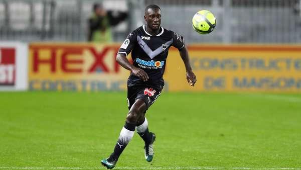Bordeaux : des discussions avec Fulham pour Sabaly