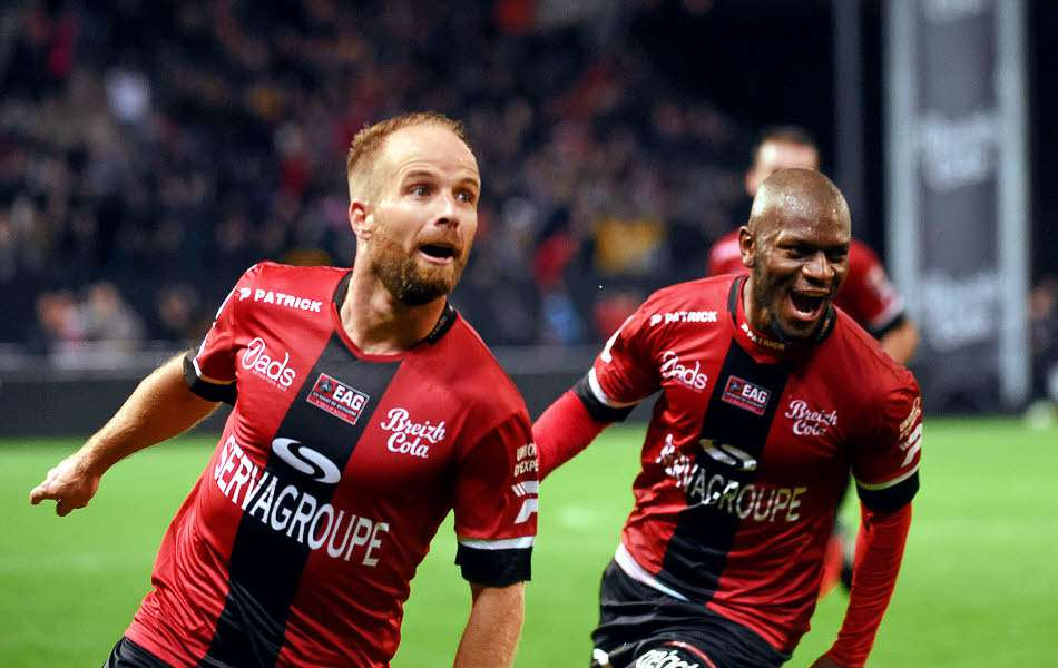 Officiel : Guingamp prolonge un cadre