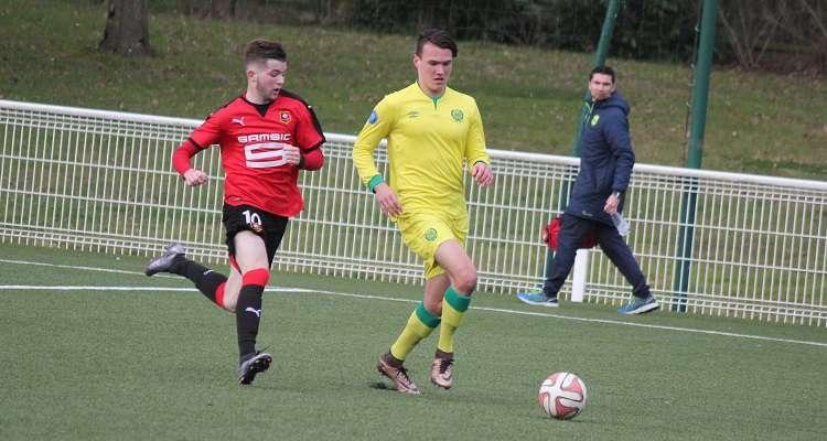 Officiel : un jeune arrive au FC Nantes, un autre part