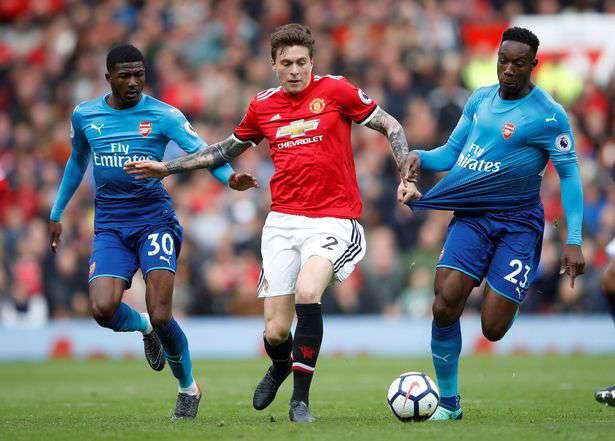 Manchester United : des discussions avec Lingard et Lindelof