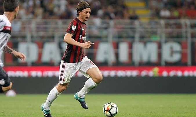 Milan AC : Montolivo dispose d'une piste en Italie
