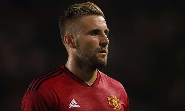 Manchester United : Un départ surprise en Allemagne pour Shaw ?