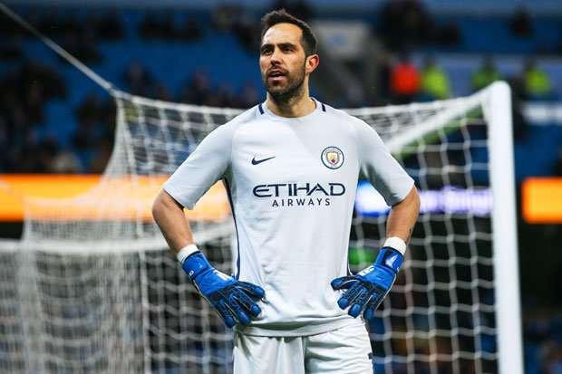 Manchester City : un challenge en Ecosse pour Claudio Bravo ?