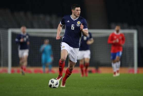 Wolverhampton : Un international écossais pour la défense ?