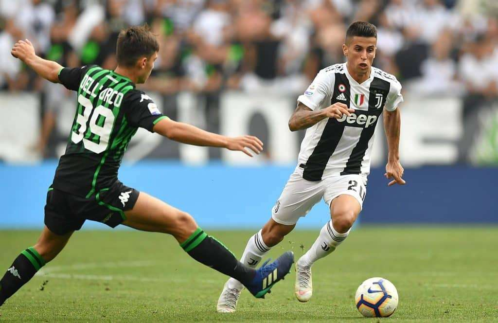 Man City veut bien recruter Cancelo mais…