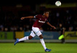 Man Utd : une nouvelle offre pour Issa Diop !