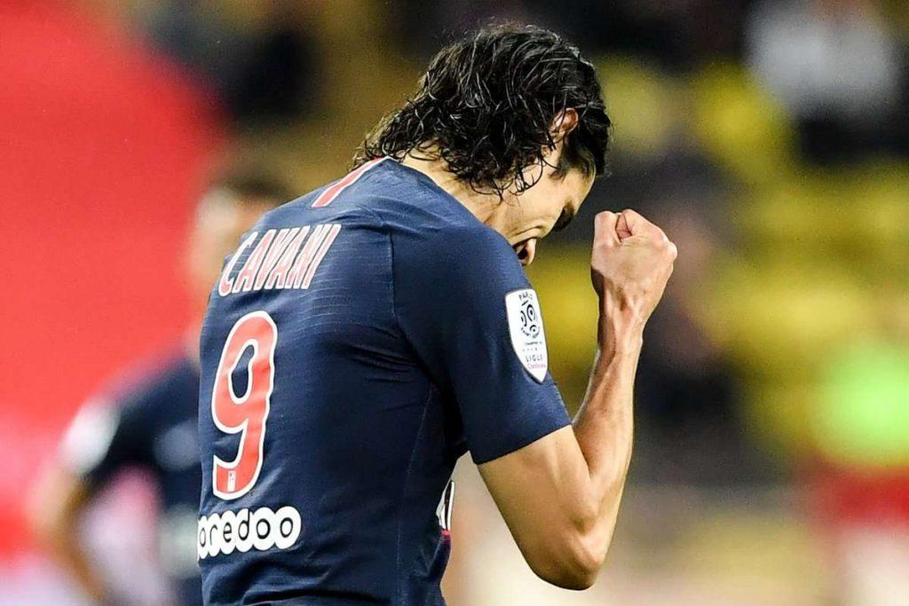 L'Atletico et des clubs chinois se penchent sur Cavani !