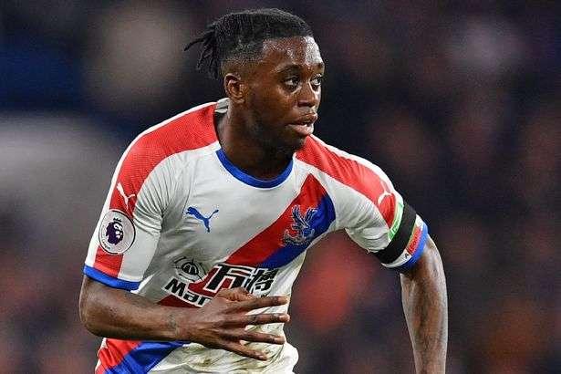 Chelsea et Manchester United ciblent le prometteur Wan-Bissaka