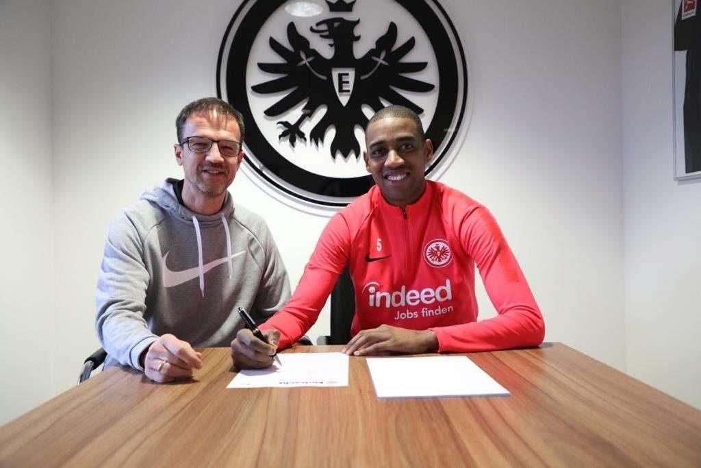 Officiel : Gelson Fernandes prolonge son contrat !