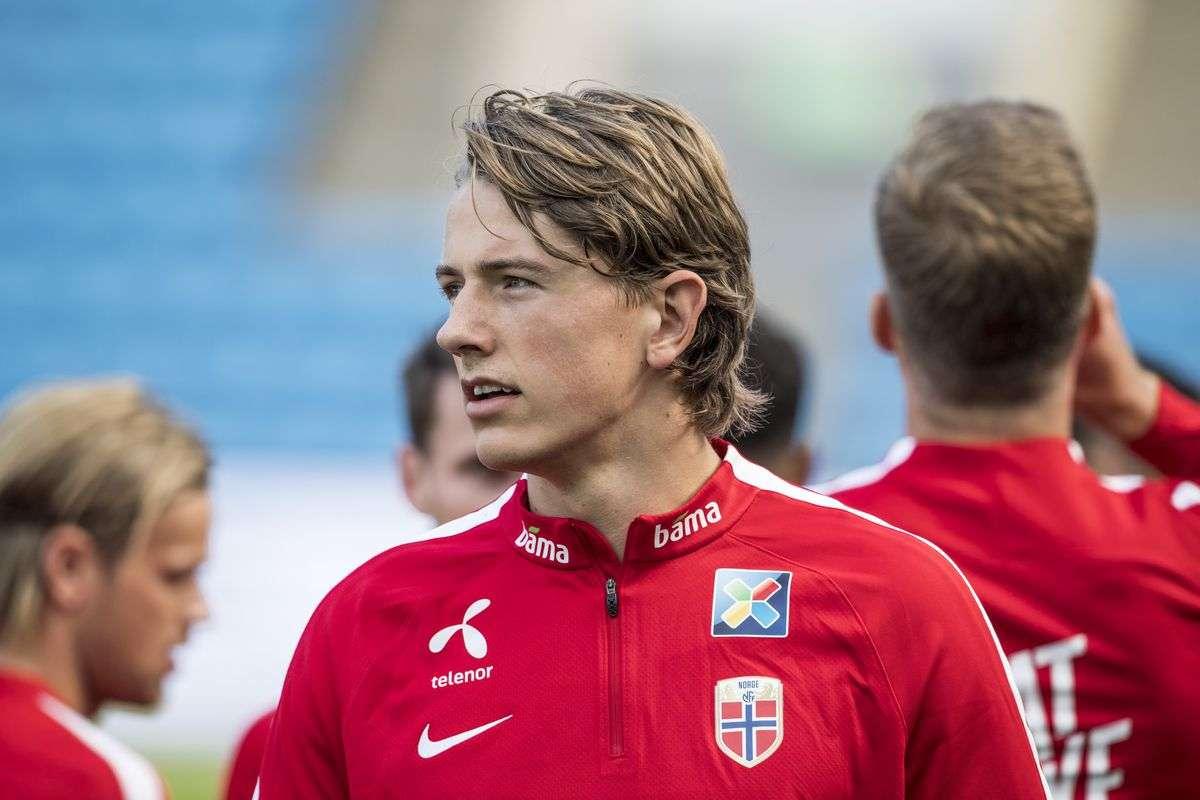 Tottenham : Un jeune talent norvégien pour remplacer Dembélé ?