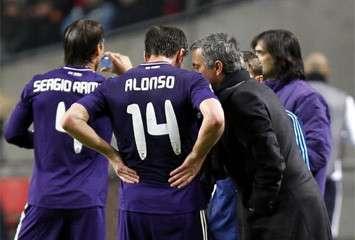 Real Madrid : Mourinho et Alonso pour la saison prochaine ?