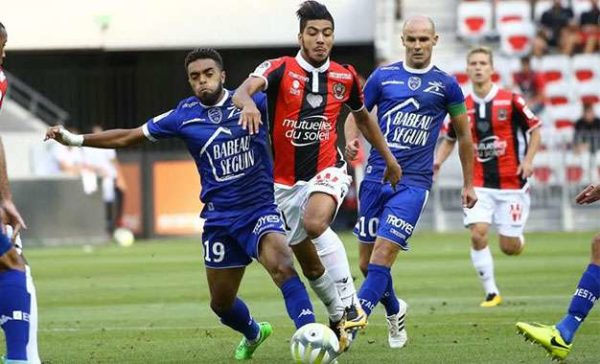 OGC Nice : Bassem Srarfi vers la sortie ?