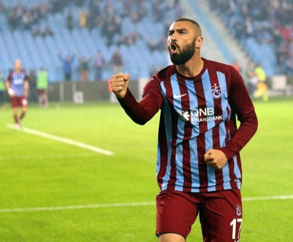Officiel : Burak Yilmaz retourne à Istanbul !