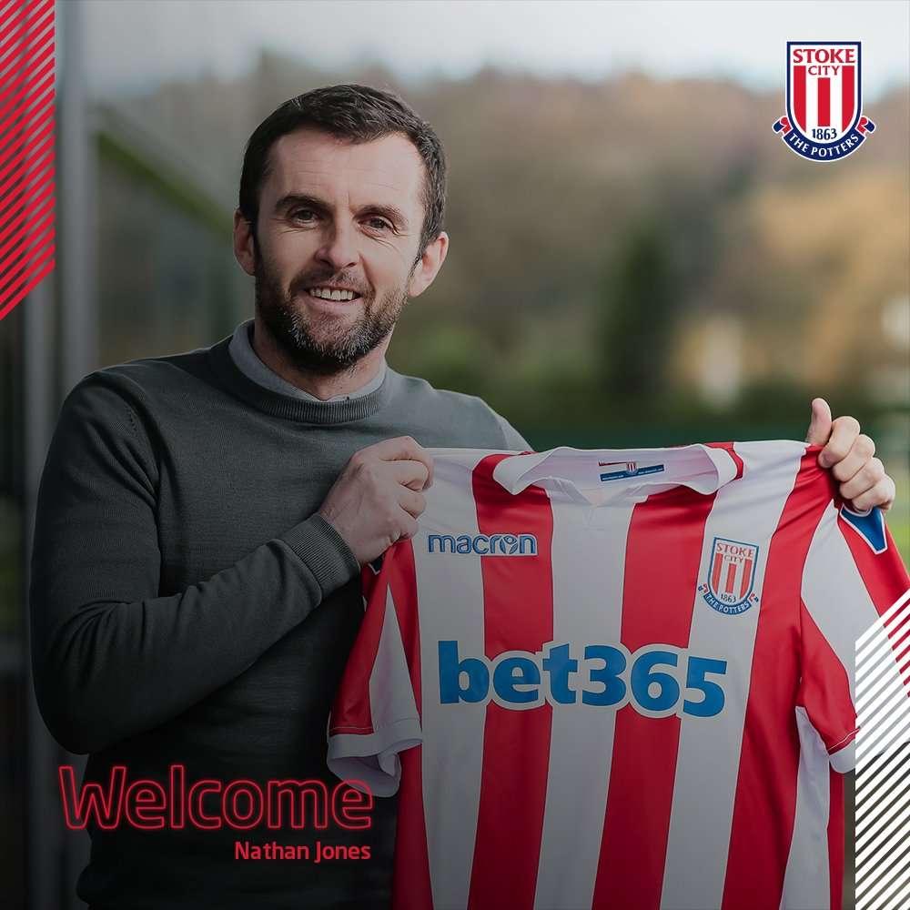 Officiel : un nouveau coach à Stoke City
