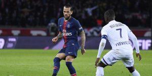 PSG : stop ou encore pour Alves ?