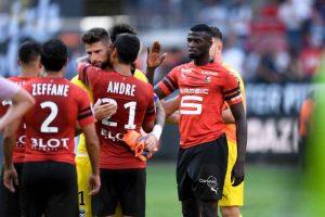 Rennes tente une négociation pour Niang