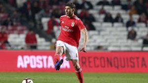Un derby mancunien pour un défenseur central portugais