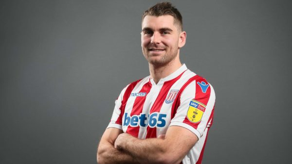 Officiel : Vokes remplace Crouch