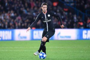 PSG : trois clubs anglais sur les traces d'Adrien Rabiot