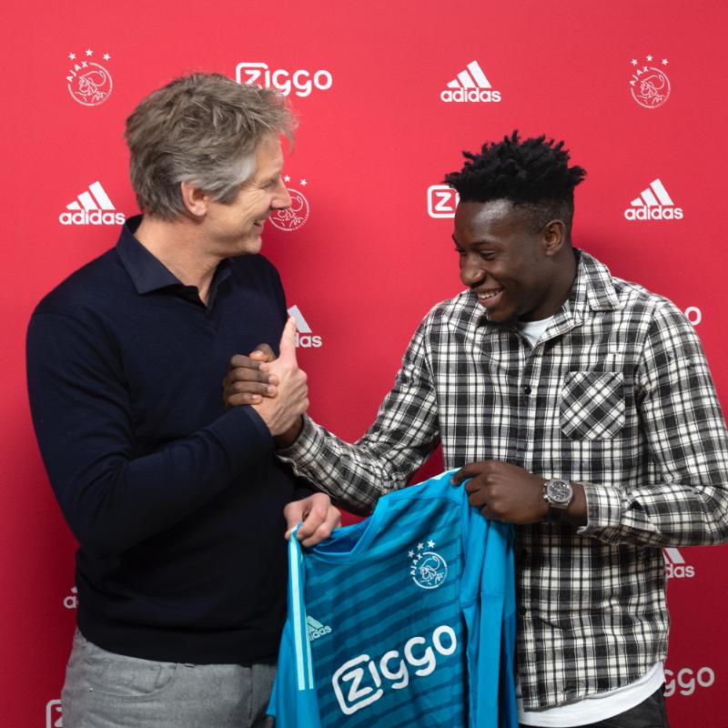 Officiel : André Onana prolonge à l'Ajax