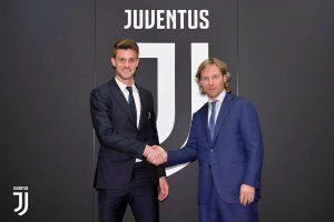 AC Milan : un défenseur de la Juve dans le viseur