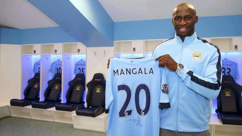 Officiel : Mangala rempile à City !